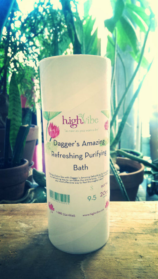 Dagger's Amazing Refreshing Purifying Salt Bath - (all natural) - 20oz - High Vibe