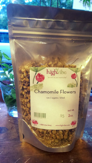 Chamomile Flowers Organic / Dried / High Vibe Bulk 2oz